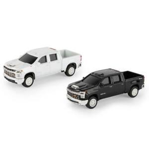 1/64 2020 Chevy Silverado Truck Set Collect N Play by ERTL 47167