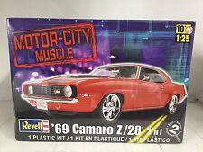 +++ Revell US Monogram 1/25 Motor City Muscle '69 Camaro Z/28® 2 'n 1 85-2148