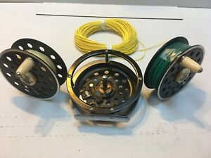 Pflueger Medalist Model 1495 Fly Reel Vintage With Extra Spool Plus Yellow Line