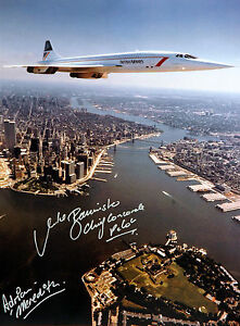 CONCORDE FLYING OVER MANHATTAN £45 16X12 HAND SIGNED BY CONCORDE CAPTAIN NEW
