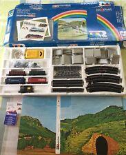 RIVAROSSI 1973 HO 1064 completo LOCOMOTIVA TENDER 5 CARRI VAGONI diorama PONTE