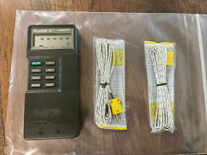 Fluke 52 Dual Input Digital Thermometer with Two  thermocouples Temp K/J