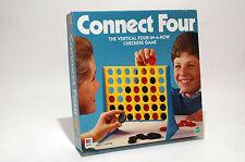 Connect 4 Four vertical checkers Game Milton Bradley 2000 COMPLETE(read descrip)
