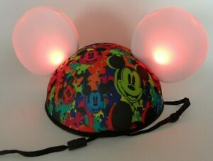 Disney Parks Mickey Mouse Light Up Ears Hat Cosplay Rainbow