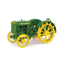 John Deere Model D tractor toy by ertl - LP68151 - 1/16th scale