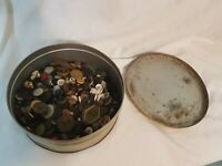 Huge Lot Vintage Sewing Buttons Metal Plastics Mixed Materials IN TIN
