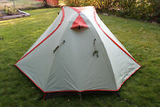 MINT!!! ALPS Mountaineering Zephyr 2-Person Backpacking Freestanding Tent