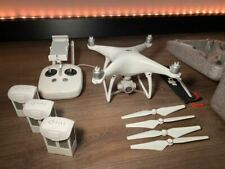 DJI PHANTOM 4 Drone + 3 BATTERIE (COME NUOVO)