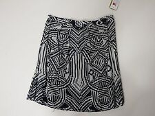 women skirts Nicole Miller Size 4 Black And White MSRP 245.00 Zipper Fastening