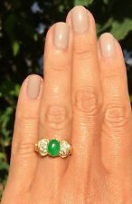 18K Yellow Gold Bright Apple Green Jade Cabochon Diamond Bow Vintage Ring