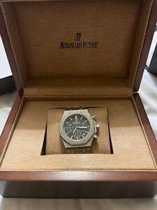 Audemars Piguet Royal Oak Black Men's Watch - 15500ST.OO.1220ST.03