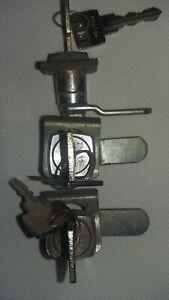 lot 3 Serrures 2 clés,armoir, tiroir - Agrafe pour tôle 16 mm