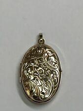 9Carat (9ct) Gold Oval Locket Pendant - Yellow Gold - Foliate Detail - 4.56g