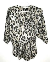 Chico's Women Top Sz 1 Blouse V Neck Animal Print 3/4 Sleeve Elastic Waist