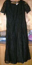 Damen-Abendkleid mit vielen Spitzen, 100% Polyamid, Gr. 40
