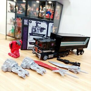 Transformers War for Cybertron Netflix Nemesis Prime **Like New**