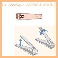 COUPE ONGLES 3-in-1 cuticules avec des limes à ongles AVON : Rose Doré