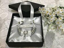 REAL WEDDING HORSESHOE USED LUXURY SILVER & WHITE with Diamante Horseshoe Boxed