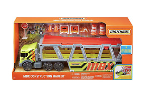 NEW! Construction Hauler Set With 8 Pieces + Metal Tractor Matchbox MBX