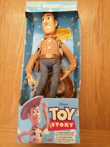 ORIGINAL 90s DISNEY VINTAGE TOY STORY PUL STRING TALKING WOODY BOXED NEW