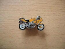 Pin SPILLA SUZUKI SV 650/sv650 GIALLO YELLOW MOTO ART. 0736 MOTORBIKE
