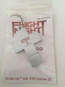 SDCC FRIGHT NIGHT 2 New Blood Crucifix USB Drive Keychain WILL PAYNE JAIME Rare