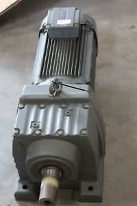 Sew 5,5 Kw 52 Min Gear Motor R87 DRE132M4 / Tf Gearbox Star