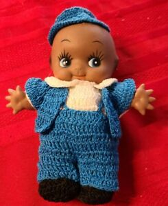 VINTAGE ♡ AFRICAN AMERICAN KEWPIE DOLL WITH BLUE & WHITE HOMEMADE KNITTED OUTFIT