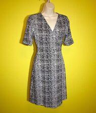Apt. 9 White Black Wrap Dress, XS, Wrinkle Free, Perfect Condition!