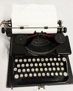 Royal Vintage Portable Typewriter in wooden case (Working)