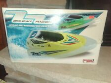 HobbyZone Zig Zag Racer – Radio Controlled Race Boat with 2 Batteries & Charger