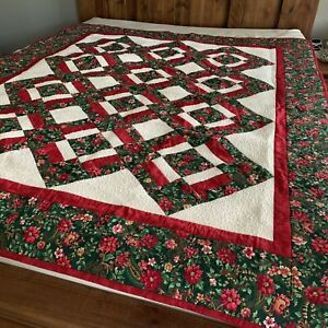 """Handmade Christmas Quilted Blanket 60x72"""" Holly Berry Poinsettia Red Green Euc"""