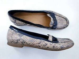 Clarks size 6.5 D (40) brown snakeskin print leather loafers slip on flat pumps