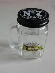 Jack Daniels Lynchburg Lemonade Glas mit Henkel und Deckel Schriftzug gelb NEU
