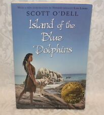 Island of the Blue Dolphins Newbery Medal paperback Scott O'Dell