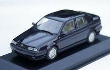Alfa Romeo 155 Lim. Bj. 1992-1995, dunkelblau, Minichamps-Modell im M. 1:43, OVP