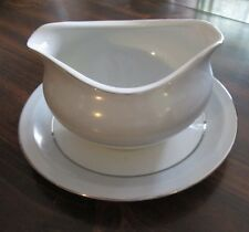 Meito China Made in Japan Gravy Bowl w/ Attached plate Pattern R446 Hand Painted