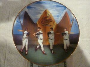 "LIVING TRIPLE CROWN WINNERS GOLD EDITION 10 1/4"" PLATE BY SPORTS IMPRESSIONS"