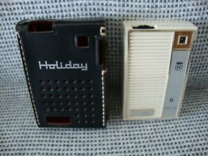 VINTAGE HOLIDAY 6 TRANSISTOR POCKET RADIO WITH ORIGINAL CASE. TESTED & WORKING