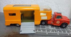 MATCHBOX Diecast K-18 Dodge Tractor & Horse Trailer van, 1971 made in England