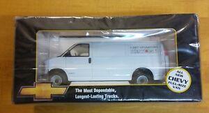 Brookfield Collectors Guild 1/24 1996 Chevy Van Fleet Operations RARE DIECAST