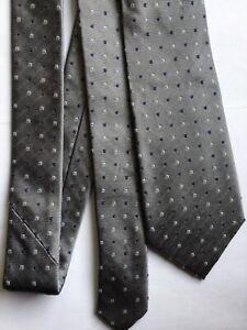 Cravate 100 % soie PIERRE CARDIN gris argenté  NEUVE.