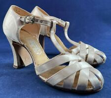Vintage El Dorado Sandals 1940s Women's White Satin Lattice T-Strap Shoes Heels