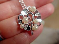 "Gorgeous Hearts & Simulated Pearls Pendant Necklace Silver 925 Plated 18"" chain"