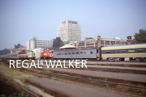 ORIGINAL 35MM CANADA CANADIAN CN RAILROAD SLIDE - TRACTION SCENE MONTREAL 1970