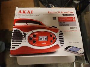 New Akai Classic Retro CD Player Boombox PLL FM Radio Speakers AUX-IN AC/DC