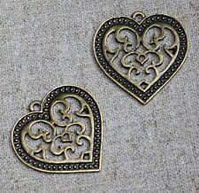 Antique bronze charm coeur filigrane – pack de 10