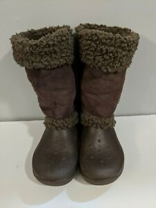 CROCS RUBBER SUEDE BROWN BOOTS SIZE 10 winter snow