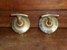 Anciens porte manteaux (2),serviettes,métal doré.