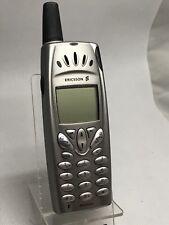 Ericsson R520M Argent (Débloqué) Téléphone portable
